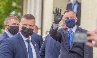 Prezydent Andrzej Duda w Piątku. Spotkał się z mieszkańcami i wziął udział w Sesji Rady Miejskiej